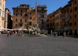 Piazza della Rotonda outside the Pantheon in Rome